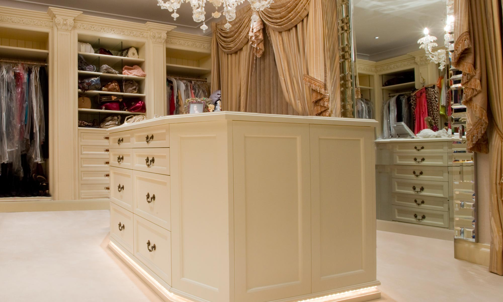 Bespoke Wardrobes London Wyndham Design For Residential Properties And Commercial Clients