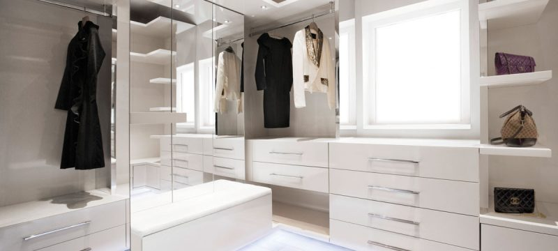 Top 5 Tips For Designing Your Walk In Wardrobe